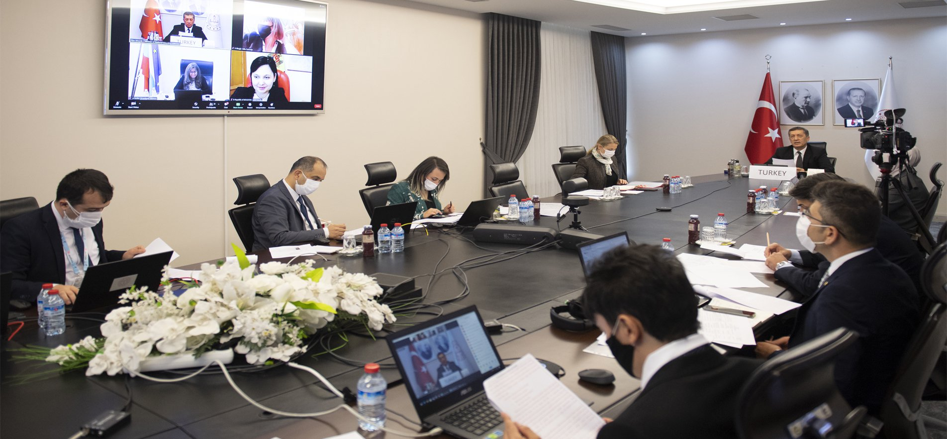 MINISTER DISCUSSES EDUCATION PLAN DURING COVID-19 PROCESS WITH HIS EUROPEAN COUNTERPARTS